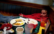 خوابیدن بلافاصله بعد از غذا خوردن،خطرناک است و