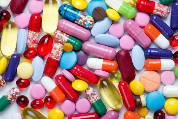 در مصرف مکمل های ویتامین مراقب باشید!